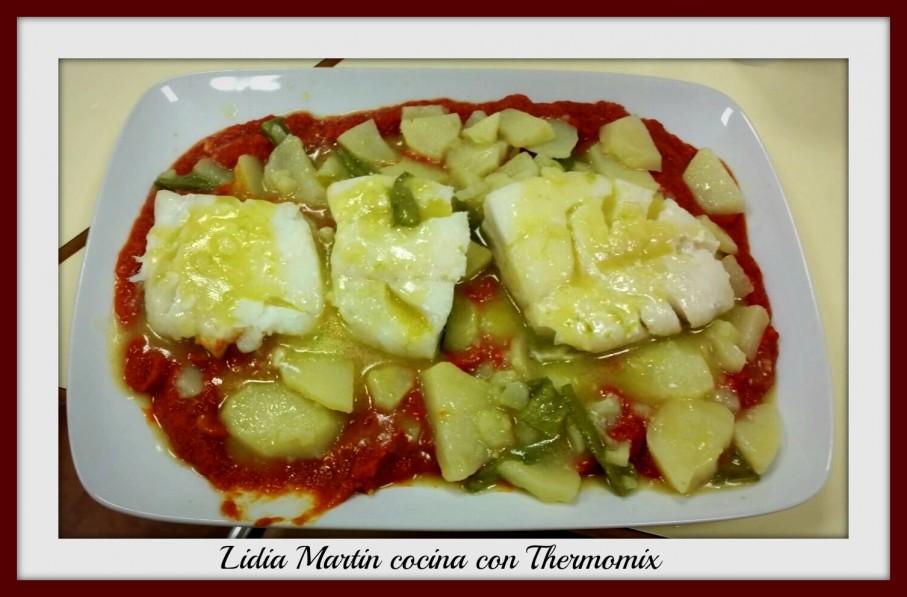 Receta de Bacalao con tomate y patatas panadera