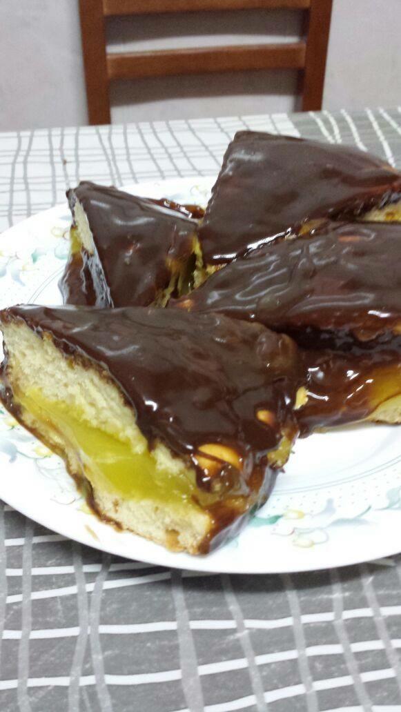 Cuñas de chocolate y crema
