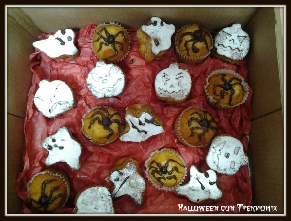 Halloween con Thermomix® : Receta de Magdalenas de naranja
