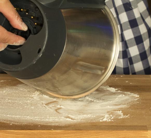 Cómo sacar masa del vaso de Thermomix®
