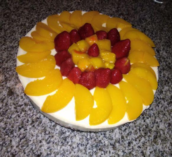 Tarta de frutas de verano.