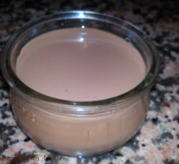 Yogurt de chocolate (tipo tarrito de cristal)
