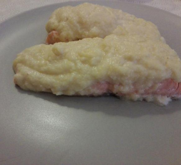 Salmón gratinado con crema de manzana con Thermomix®