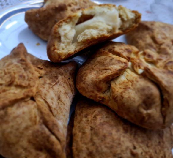 Pan de nata relleno de Queso Curado Malagueño