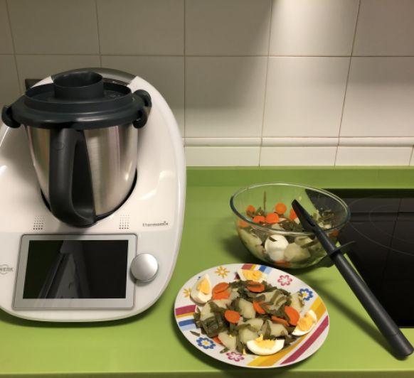 Ensaladilla de judías verdes, patata, zanahoria y huevo